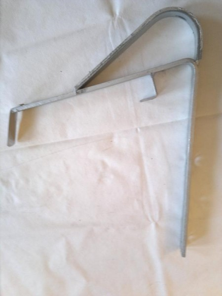 Schneefanggitter Stützen Halter / kurz / zum aufnageln / verzinkt