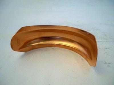Halbwulste aus Kupfer